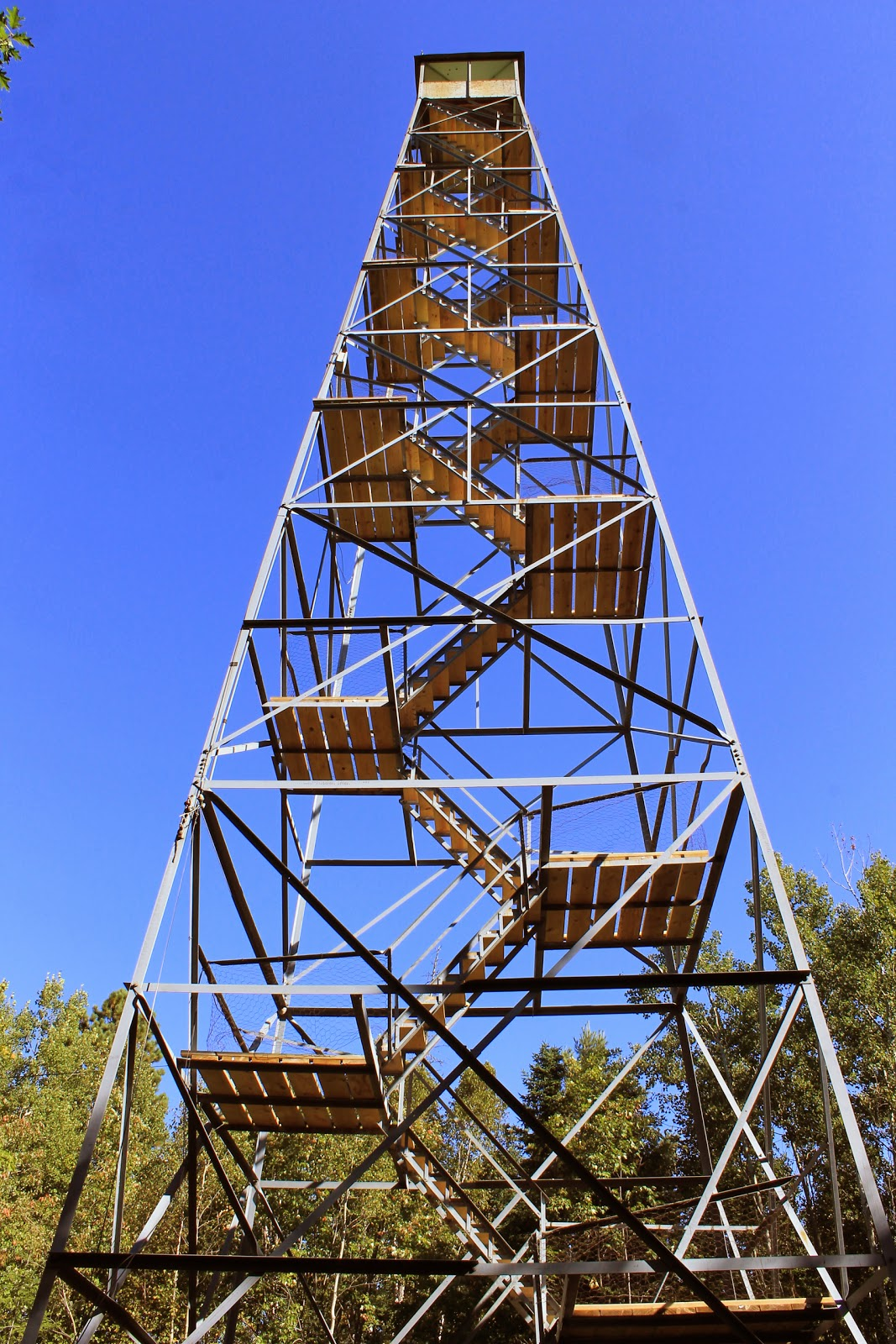 Minnesota 39 s historical fire lookout towers heritage for Fire tower cabin plans