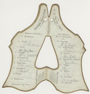 Carné con forma de zapato. Es del siglo XIX