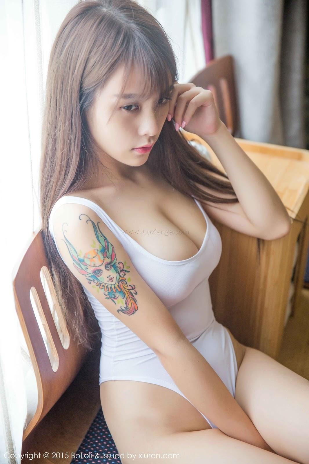 image Beautiful japanese model mei aso facialized