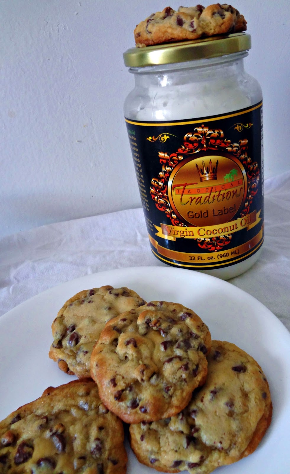The Cooking Actress: Chewy Coconut Oil Chocolate Chip Cookies + ...