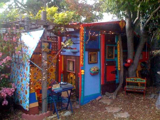 Holy funky weird wild neighbor for Funky home designs