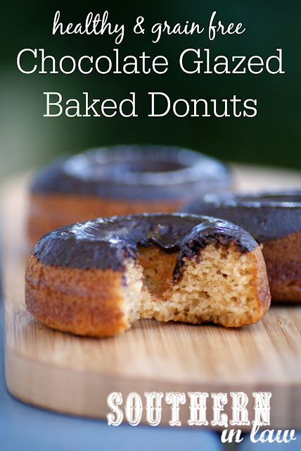 Healthy Chocolate Glazed Baked Donuts Recipe  healthy, low fat, gluten free, no butter, no oil, clean eating friendly, refined sugar free, dairy free, low calorie
