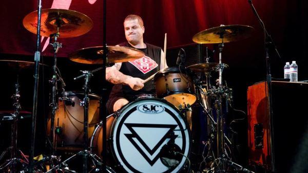 THE GHOST INSIDE: Ο drummer Andrew Tkaczyk έχασε το πόδι του μετά απο τροχαίο