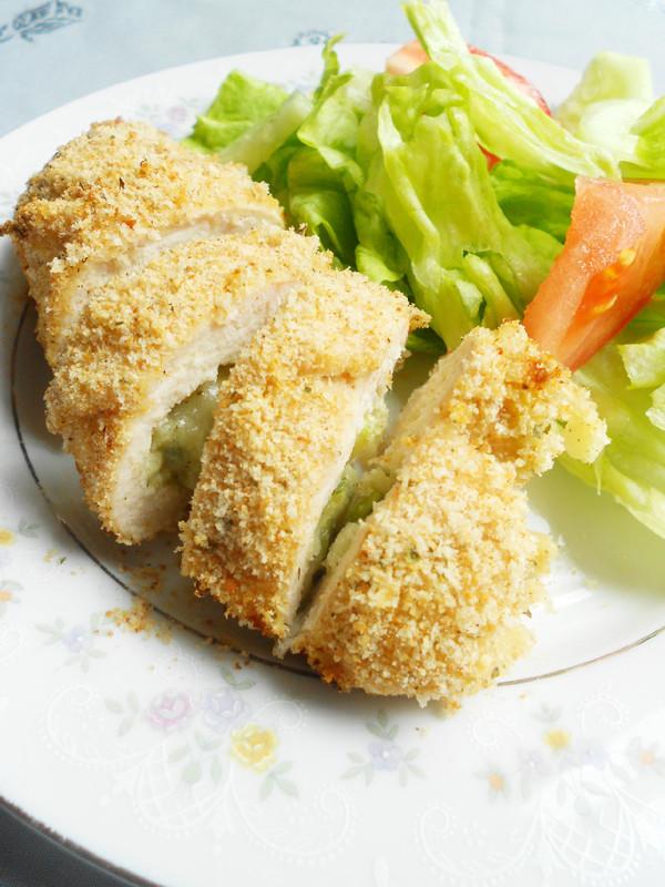 Chicken Rollatini Stuffed with Zucchini and Mozzarella ...
