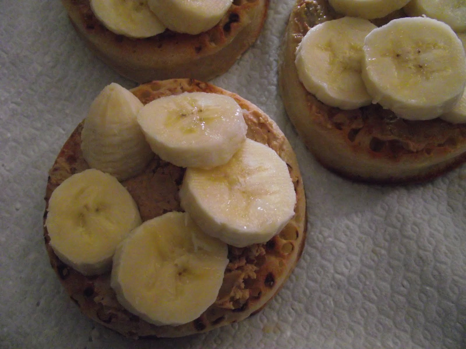 ... Brunch ~ Vegan Crumpets with Cashew Nut Butter and Sliced Banana