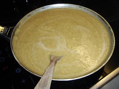 elaboración de crema de tomate y apio