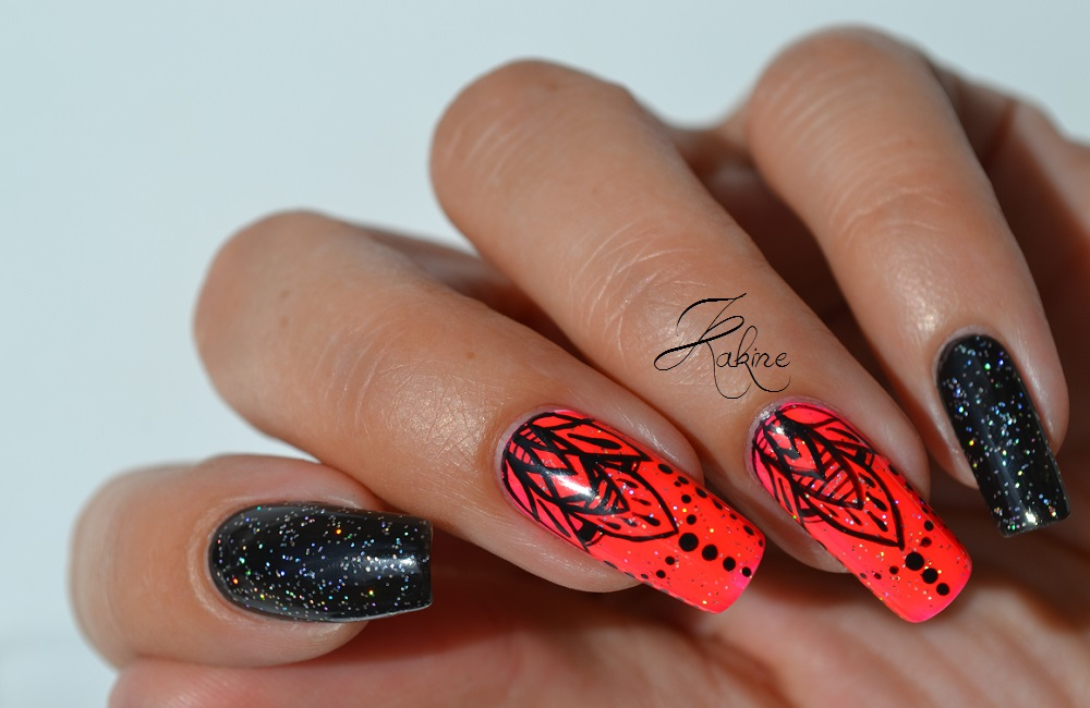 Kakine Nail Art: Mandala Nail Art