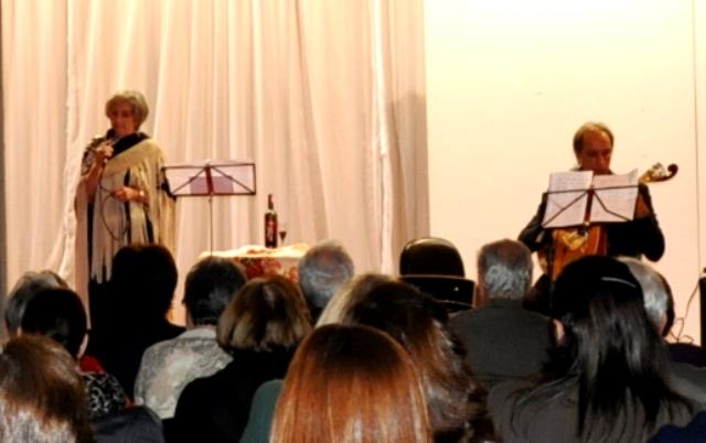 Fado e guitarra portuguesa esquentam noite no Centro Cultural FESO Pro Arte