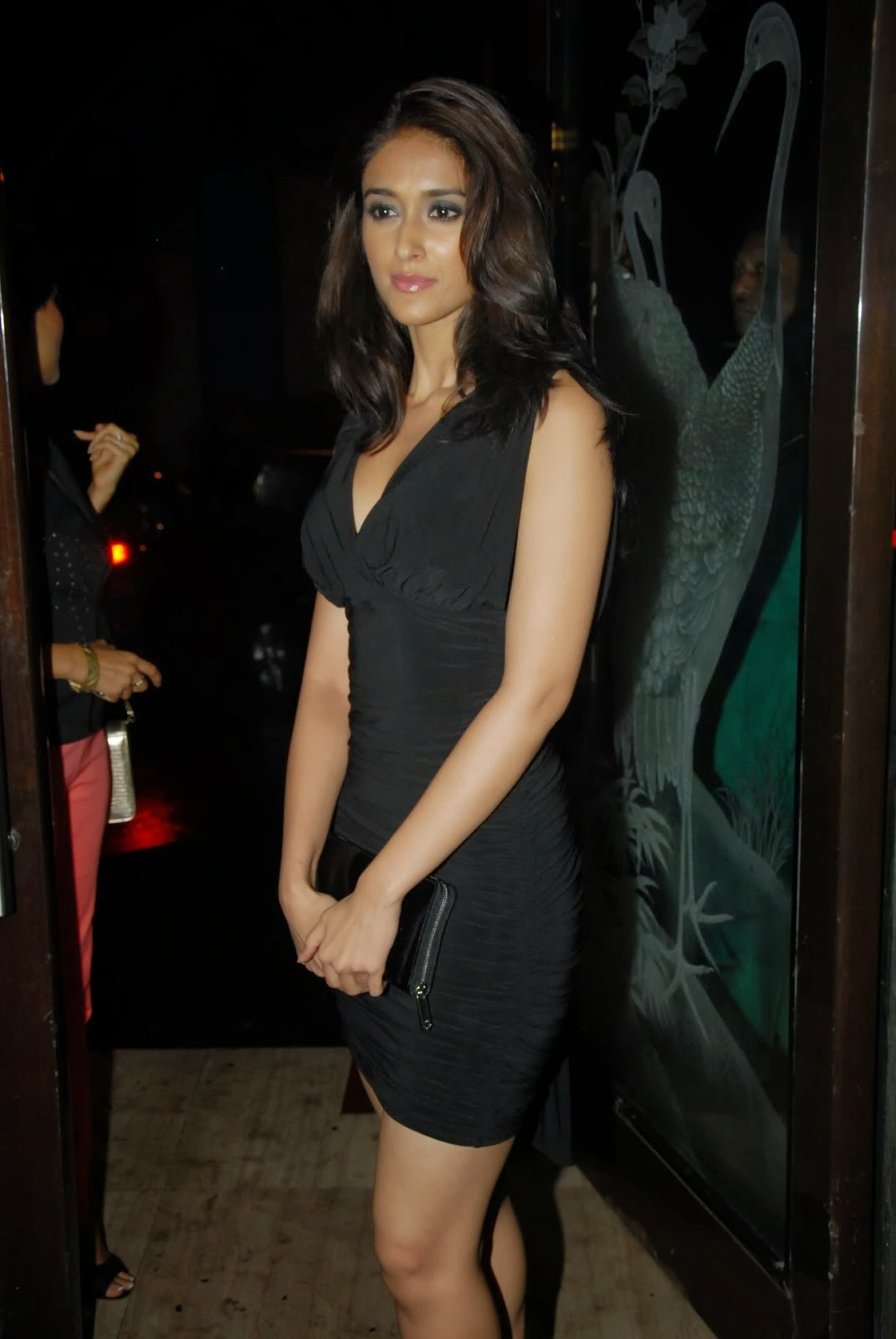Hot photos in black short dress at phata poster nikla hero movie