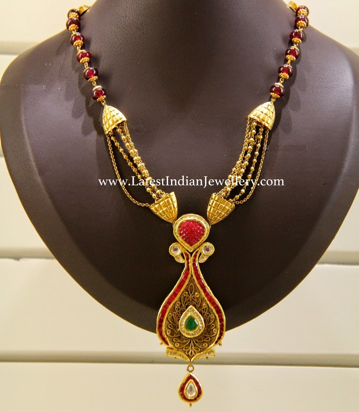 Gold Fancy Necklace with Rubies
