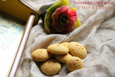 bottoncini con farina di mais & cannella