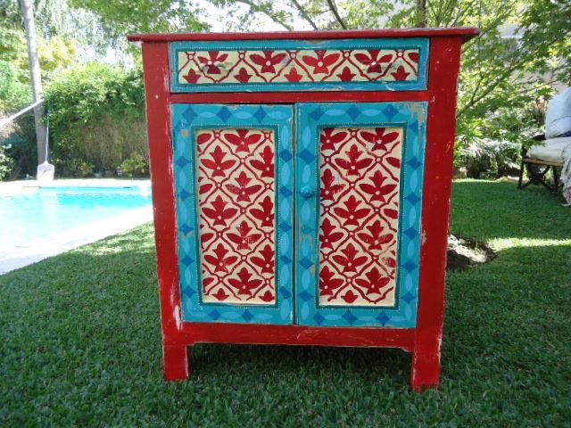 Vintouch muebles reciclados pintados a mano mueble for Muebles de campo