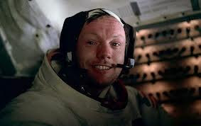 Neil Armstrong dan Jejak Bersejarahnya