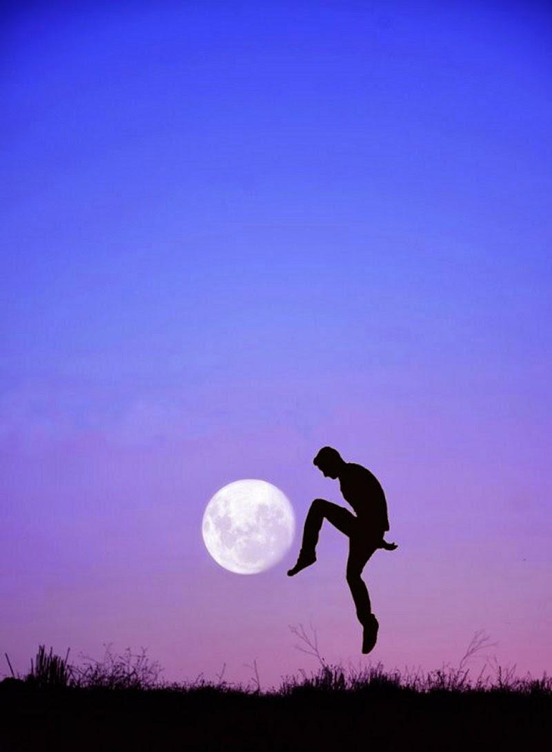 07-MoonShot-2-Adrian-Limani-Amazing-Moon-www-designstack-co