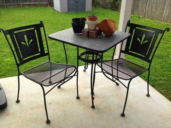 Thou shall craigslist friday april 18 2014 for Outdoor furniture austin