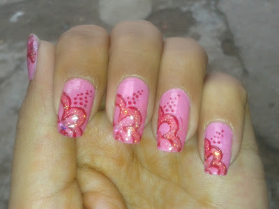 pink flowers nail design by pari sangha