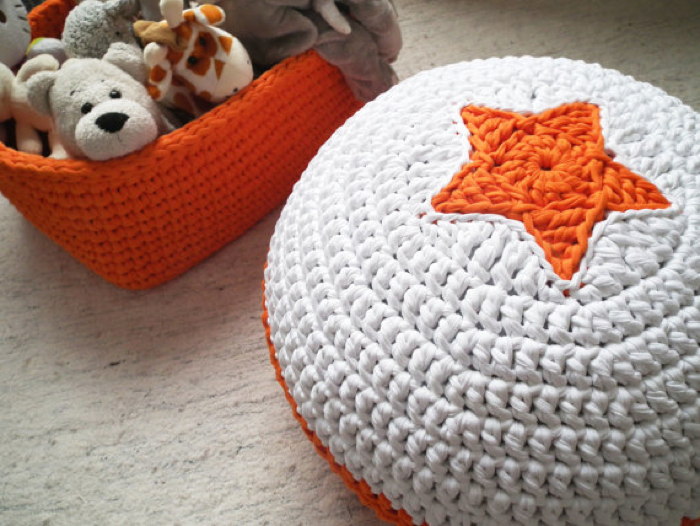 Pouf Crochet  with star