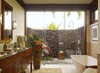 Bathrooms with garden