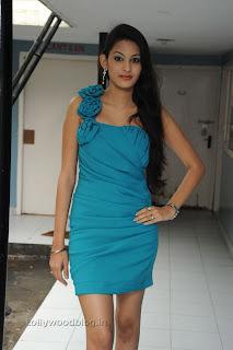 Shweta Jadhav Pictures at Namaste opening 012.jpg