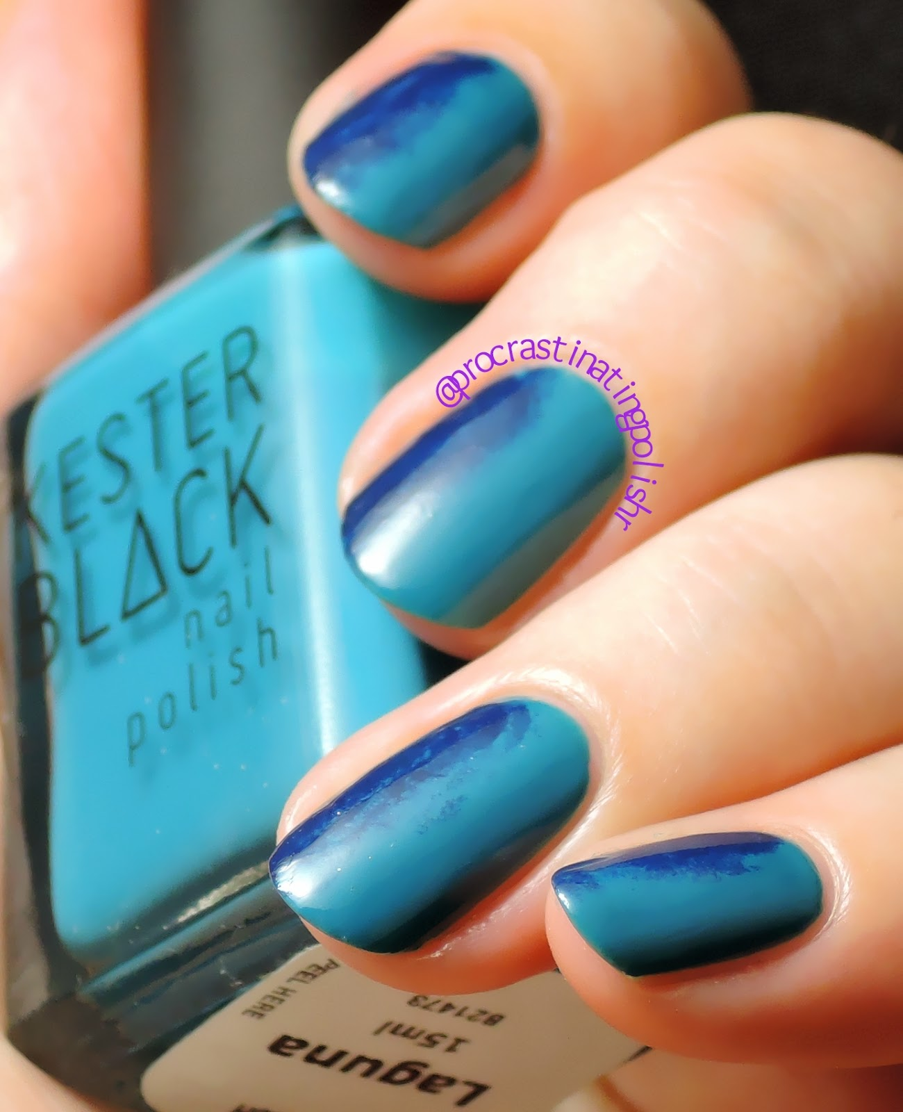 Teal and Navy Gradient Nail Art