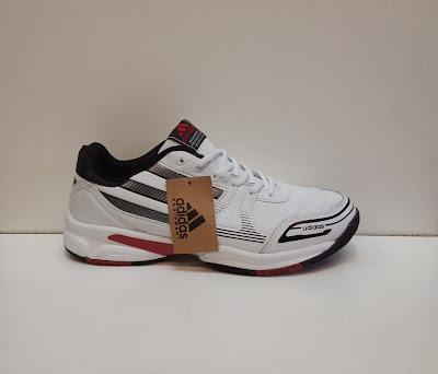 sepatu tennis Adidas