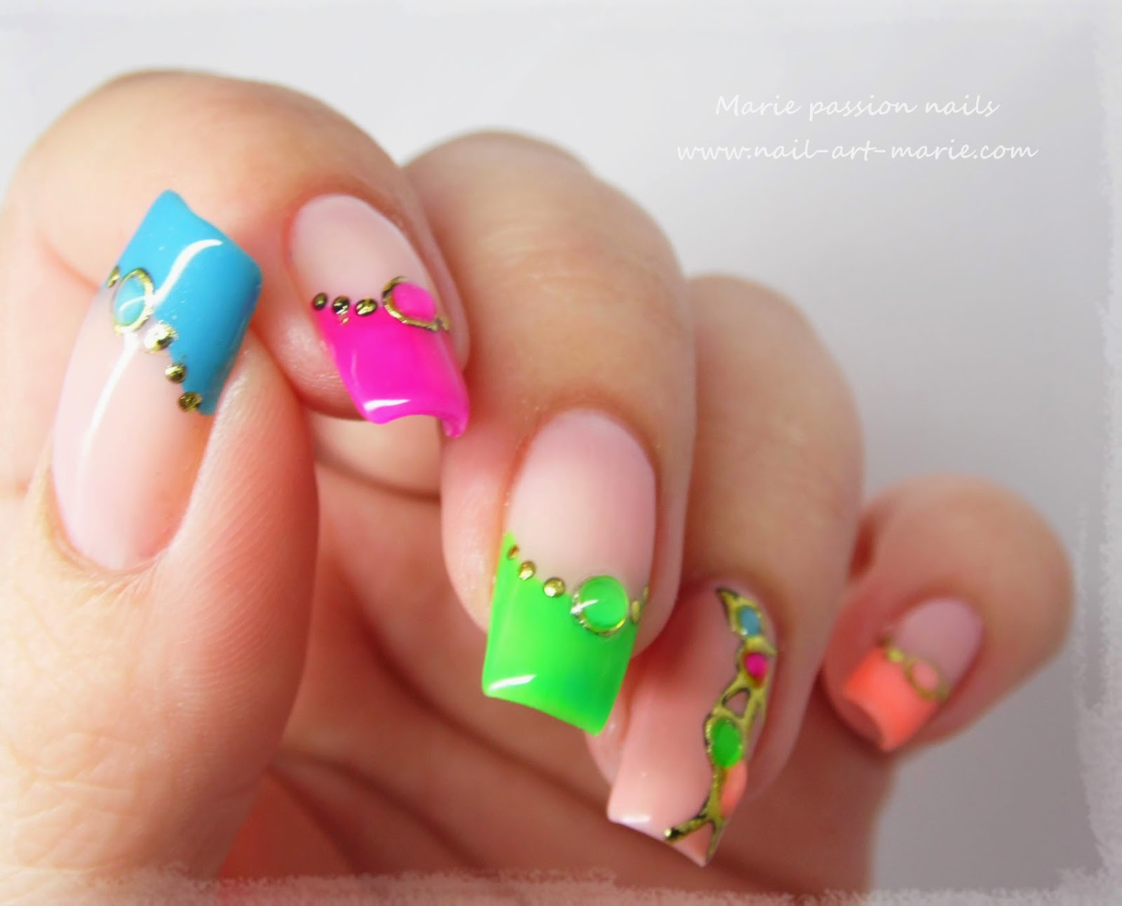 nail art fluo3