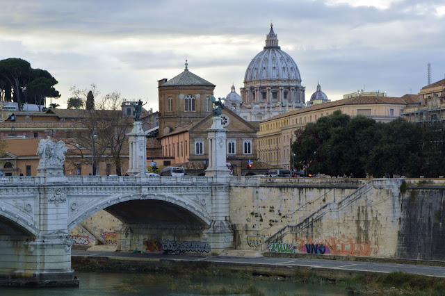 Tyber, most i Watykan