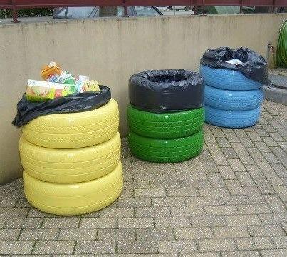Cubos de reciclaje con neumáticos