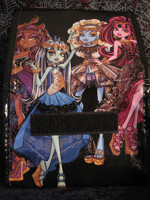 The Monster High: 13 Wishes lunch bag sold exclusively with the Walmart gift set. (back)