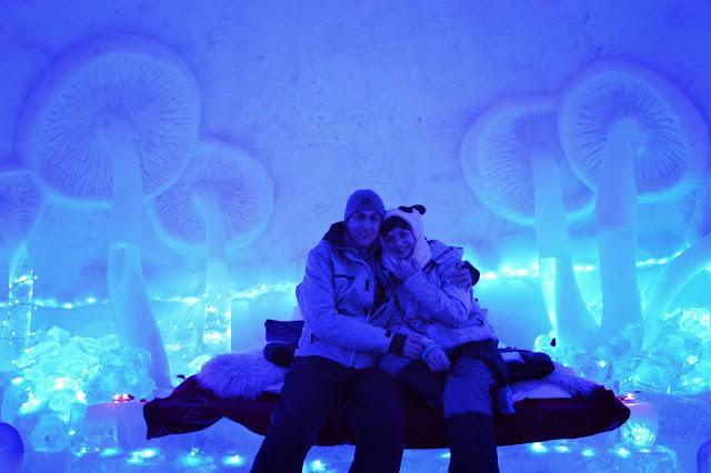 negoiu-peak-hike-ice-hotel-balea