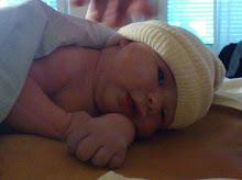 Vår älskade son Gabriel bara några minuter gammal.
