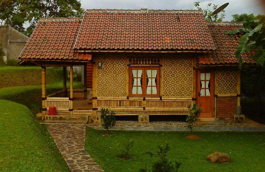 bentuk rumah anyaman bambu idaman