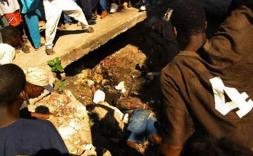 Aksi Hakim Jalanan, Korban Dihancurkan Kepalanya dan di Bakar