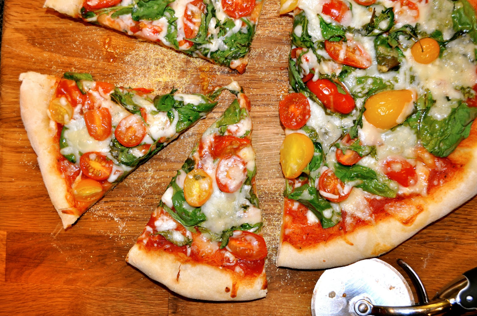 One Classy Dish: Arugula, Spinach, Basil, & Cherry Tomato Pizza