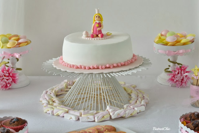 Princess Party cake by BistrotChic