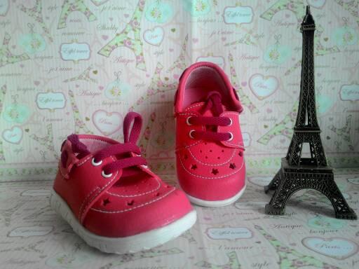 sepatu bayi; sepatu bayi laki laki; sepatu bayi lucu; sepatu bayi perempuan; sepatu bayi murah; sepatu bayi konveksi; sepatu bayi branded; sepatu anak; sepatu bayi lokal; sepatu anak lokal; sepatu anak murah; sepatu anak 1 tahun; sepatu anak grosir