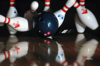 Bowling Tips : How to Bowl a Perfect Strike