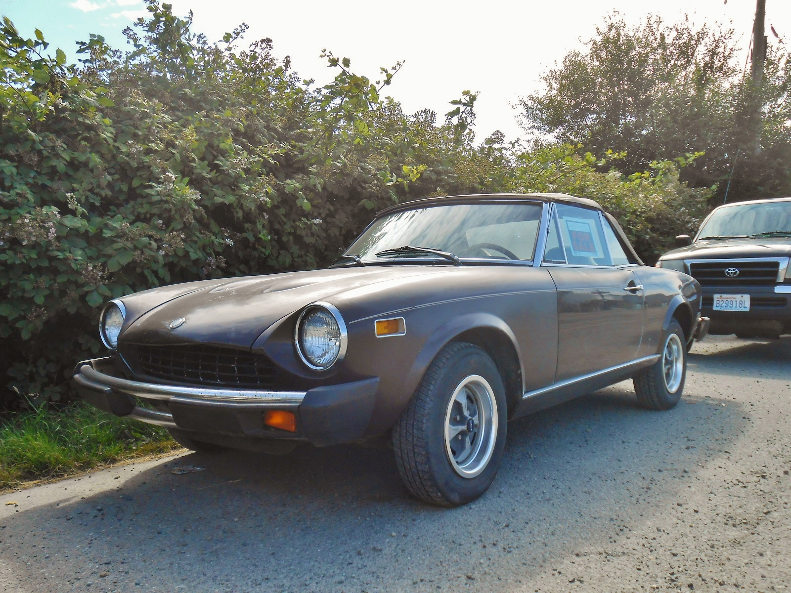 Seattles Parked Cars 1978 Fiat 124 Spider 1970 Convertible