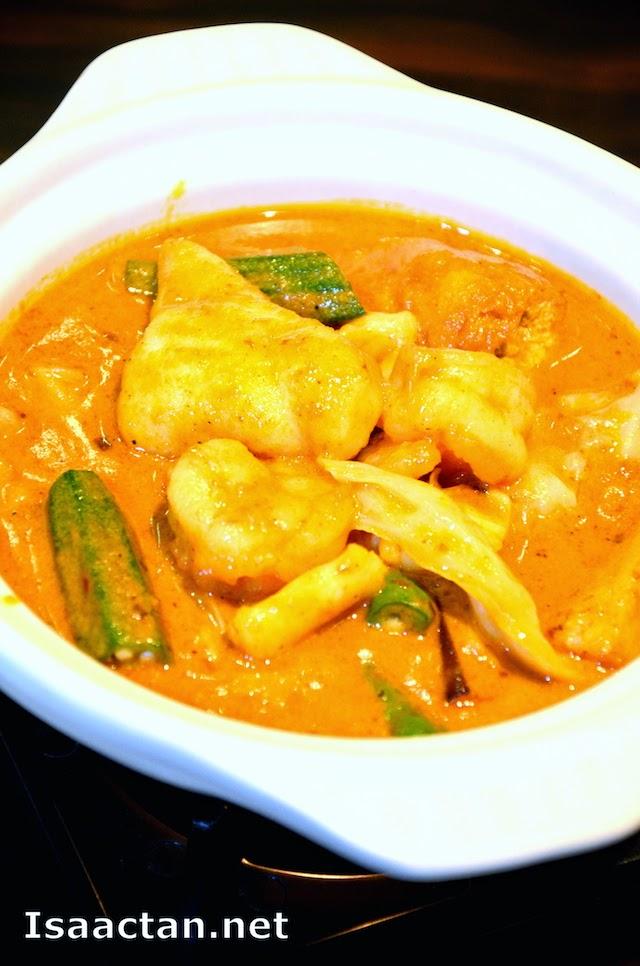 Seafood Curry Hot Pot