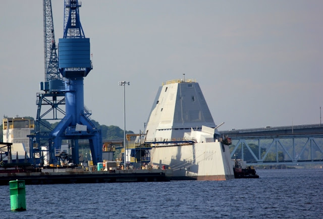 Bath Iron Works - Zumwalt Class Destroyer