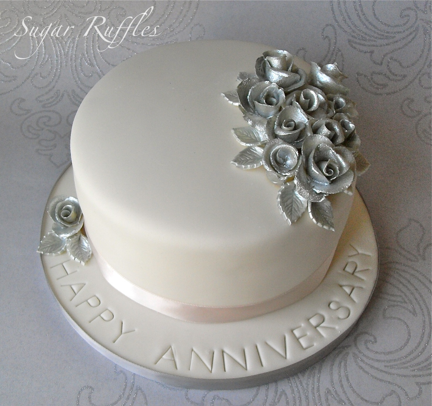 Design Of Cake For Anniversary : Wedding Anniversary Cakes - Tyler Living