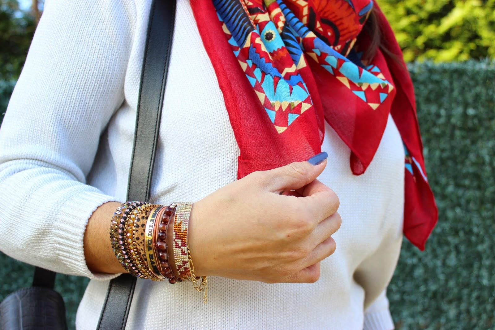 Bracelet Hipanema Leo, foulard Diwali, jupe Naf Naf, Sac Sandro