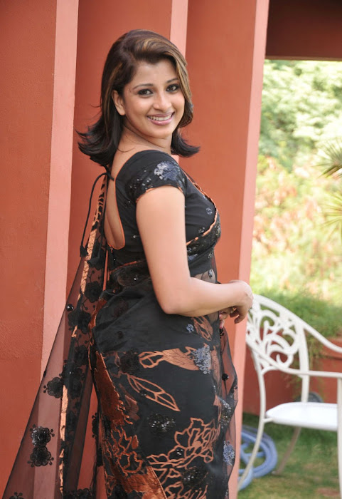 nadeesha hemamali transparent saree , nadeesha spicy cute stills