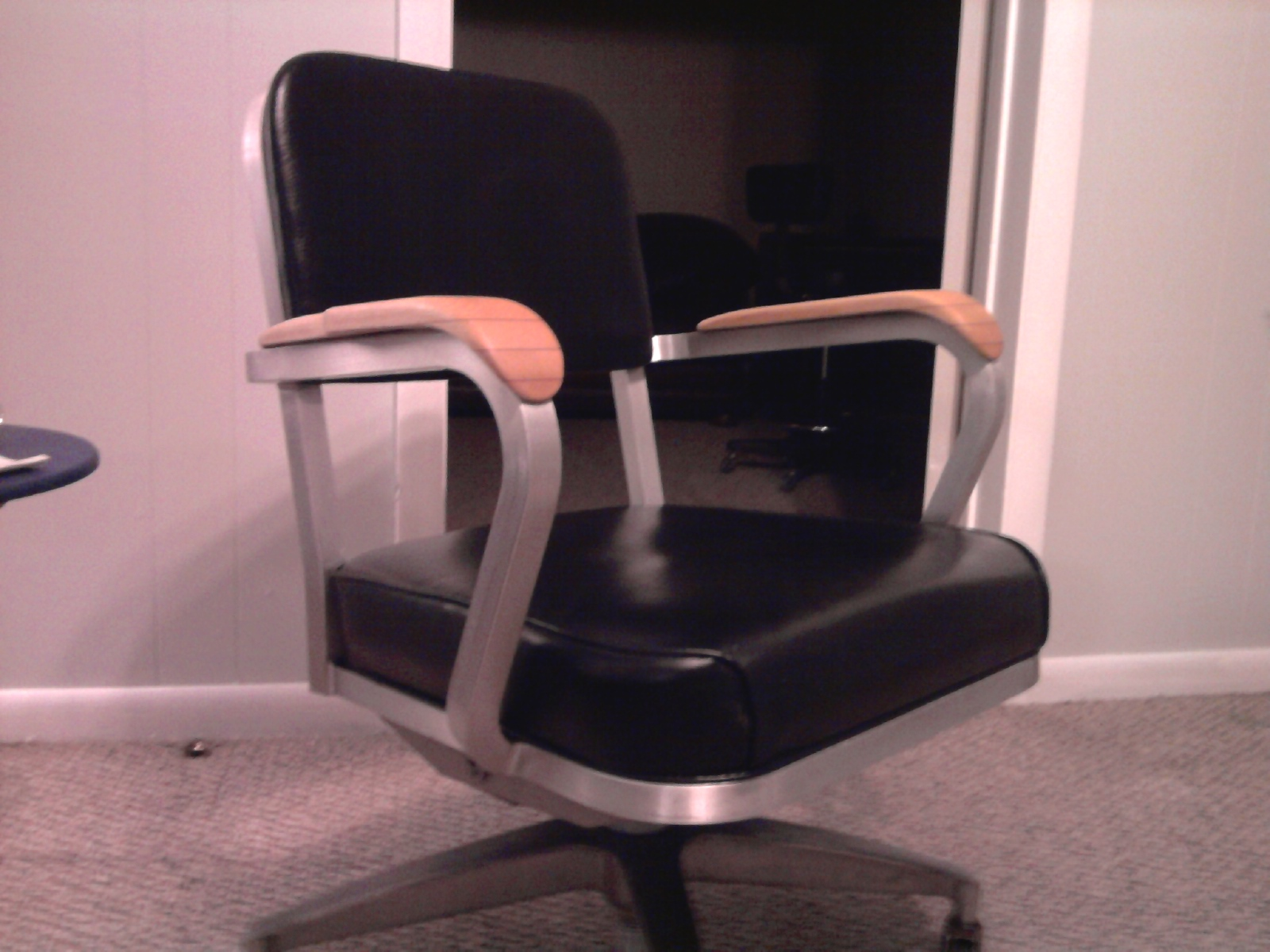 csr danish modern finds i love this vintage office chair