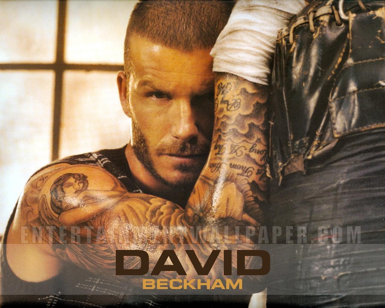 http://3.bp.blogspot.com/--eGIy3KWnVM/UCDPNS47i8I/AAAAAAAABbs/ExdzxaVEvMc/s1600/David+Beckham+Tattoo+Wallpaper+2012.jpg