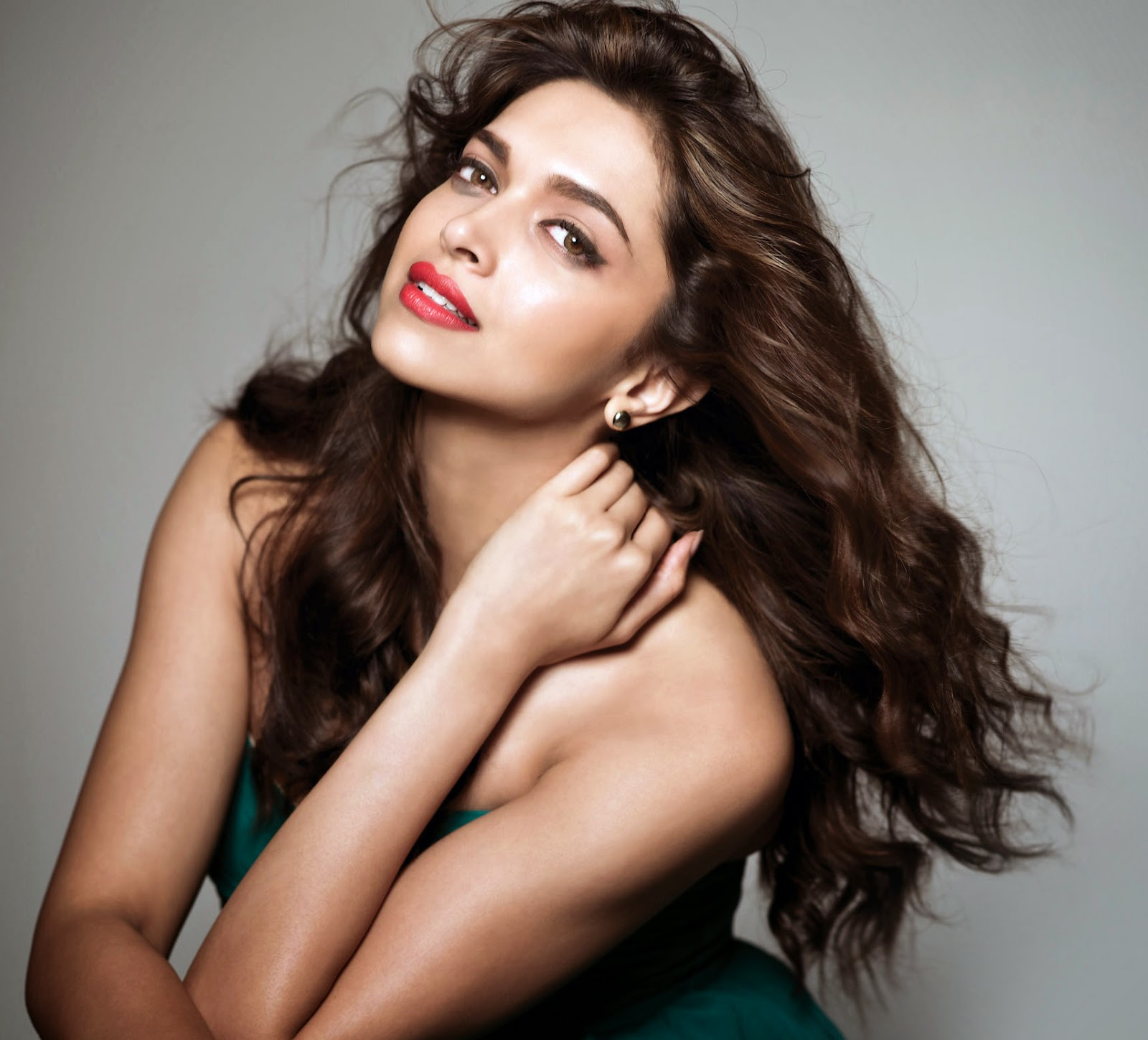 Bollywood actress famous hairstyles - Hairstyles 24x7 ...
