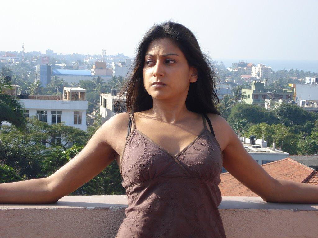 Best sri lankan tamil girl 4