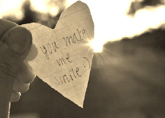 http://3.bp.blogspot.com/--esb_v6YDAk/UOdCo-TQewI/AAAAAAAAD0w/mgsQ-dZhF4w/s1600/you_make_me_smile_by_teedee03-d2ylibd.jpg