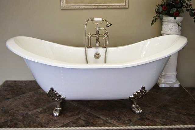 Add Beauty With A Clawfoot Tub