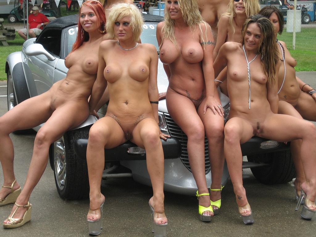sexy sucking boobs pics